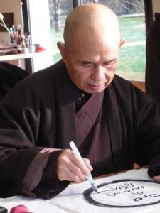 Thiền thư pháp của Thiền sư Thích Nhất Hạnh
