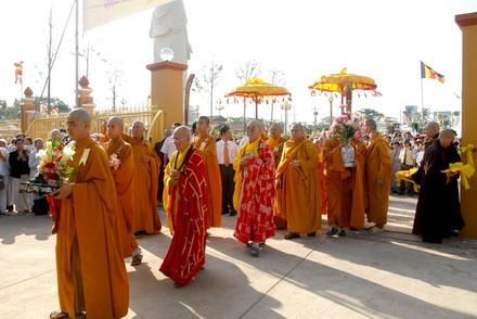 Tiền Giang: Khánh thành công trình tượng Phật Di Lặc và công viên Vĩnh Tràng