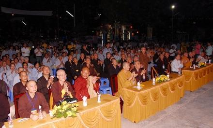 Bình Dương: Khai mạc Triển lãm mỹ thuật Phật giáo chào mừng Hội thảo Hoằng pháp toàn quốc 2011