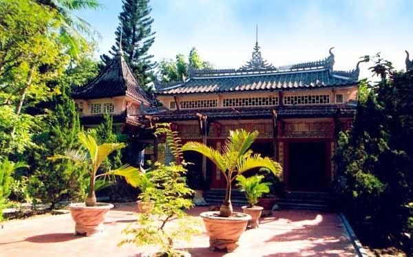 Hình ảnh chùa Tra Am qua thơ văn