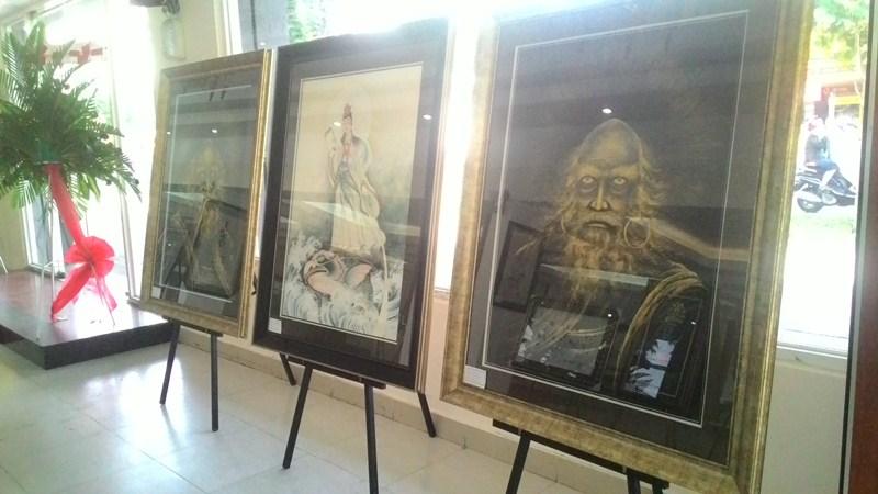 Triển lãm tranh, thư pháp tại Cung Văn hóa Lao động