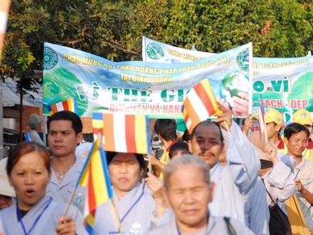 """Thực hiện 60 bức ảnh tham dự triển lãm """"Phật giáo bảo vệ môi trường"""" tại Thái Lan"""